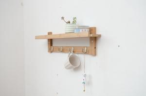 Comment fabriquer des étagères avec des lames parquet